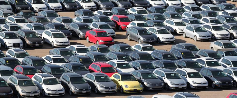 Vehículos diésel de Volkswagen y Audi en una campa