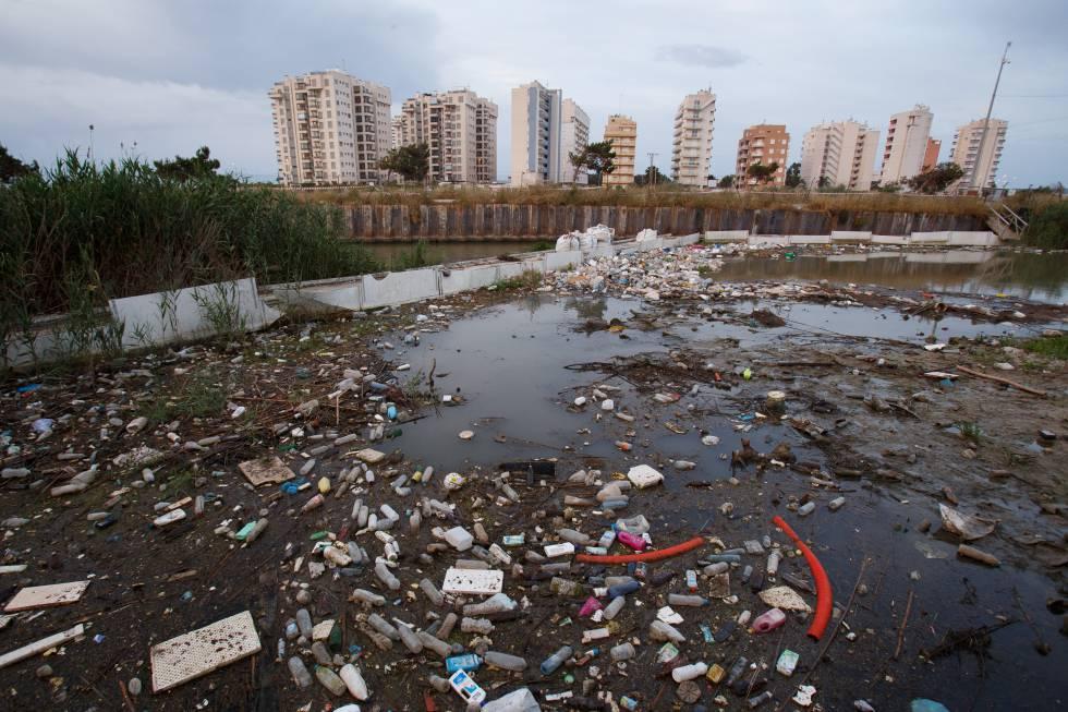 Por un planeta libre de la amenaza del plástico