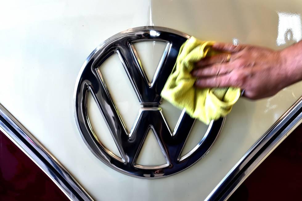 Volkswagen retrasa la producción de 250.000 vehículos por la nueva homologación de emisiones