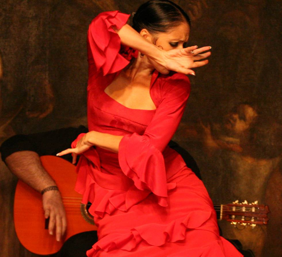La bailaora Lola Pérez durante una función.