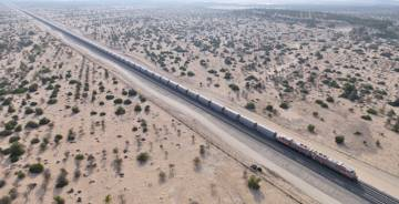 Acciona busca colocarse en el megaproyecto del tren de Emiratos Árabes