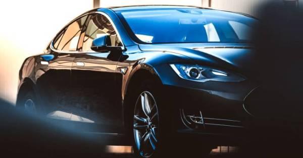 Los Tesla Model S y X reciben una actualización que mejora su autonomía