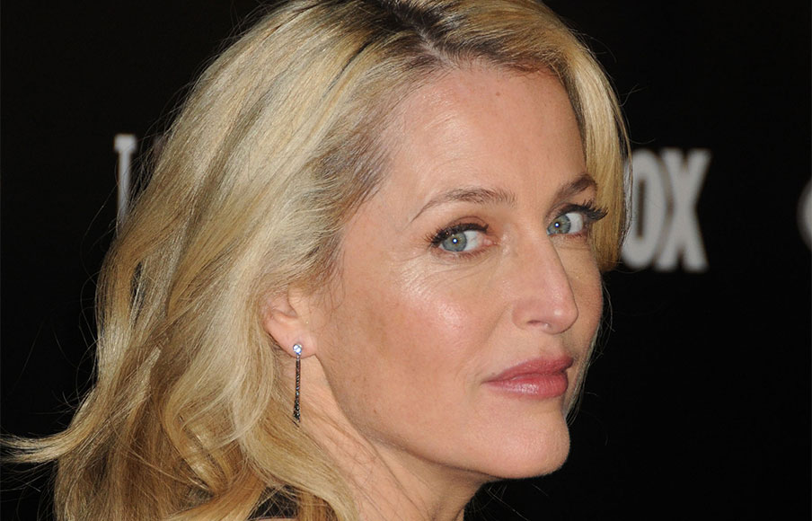 Gillian Anderson Responds To Plastic Surgery Rumors Anti