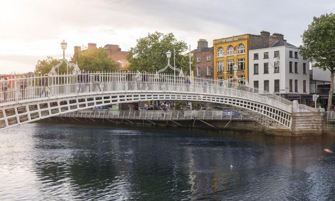 My Irish bucket list has to include Dublin. I need to find this Dublin bridge. Image via Ireland.com.