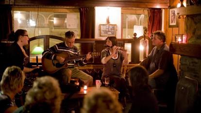 Traditional Irish music session