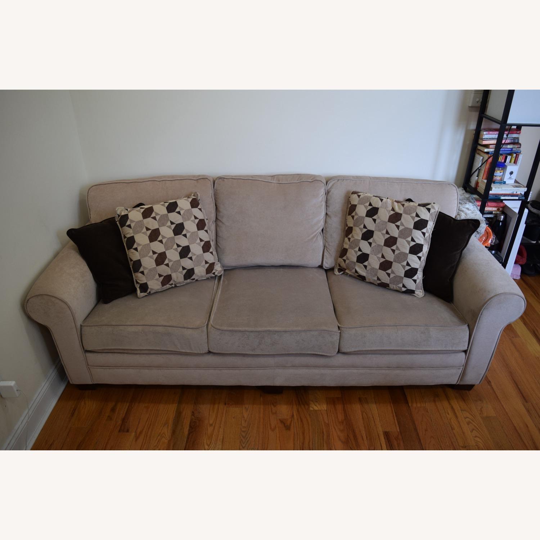 Bob S Discount Laurel Beige Gel Queen Sleeper Sofa Aptdeco