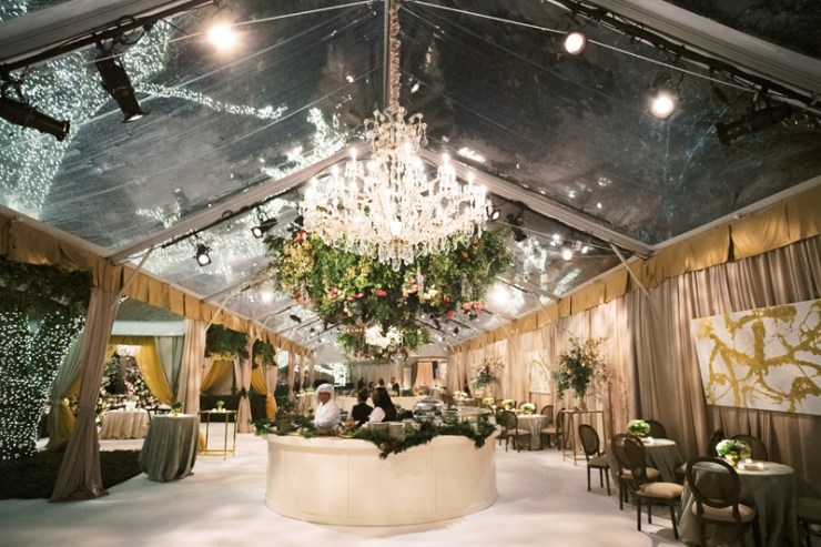 Tented reception at New Orleans wedding reception