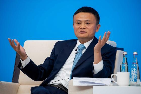 Jack Ma ricompare dopo due mesi, azioni di Alibaba in rialzo a Hong Kong