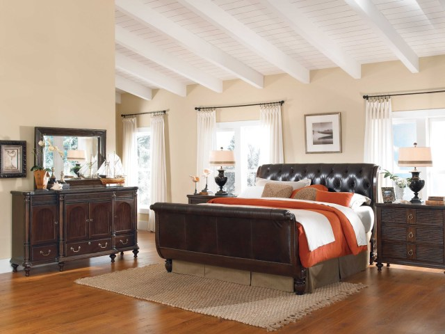 Antigua Bedroom Furniture Moonlight Bay Antigua Leather Sleigh