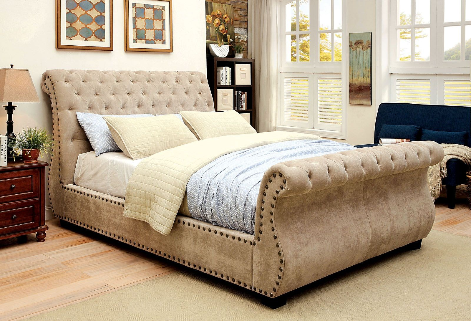 Noemi Cal King Upholstered Sleigh Bed Cm Ck