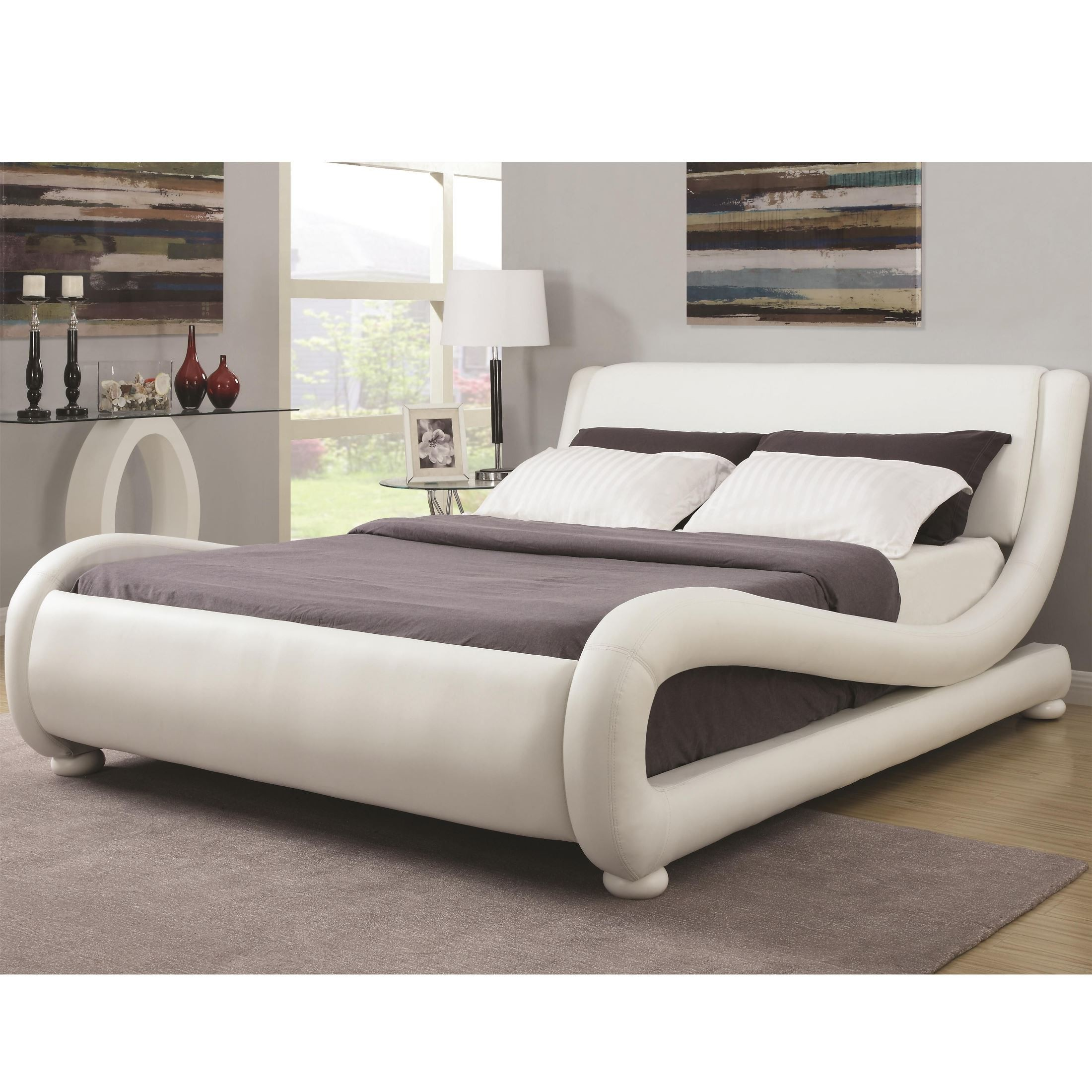 Kingsburg Modern King Upholstered Platform Bed From