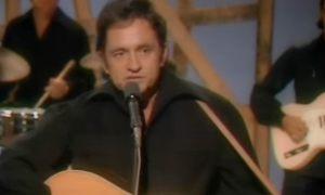 Johnny Cash - Man in Black: Live in Denmark