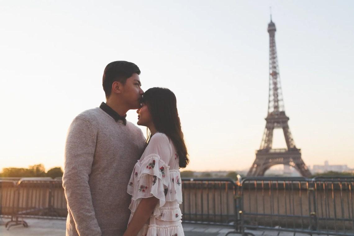 Kiss Couple Photography Paris Eiffel Tower