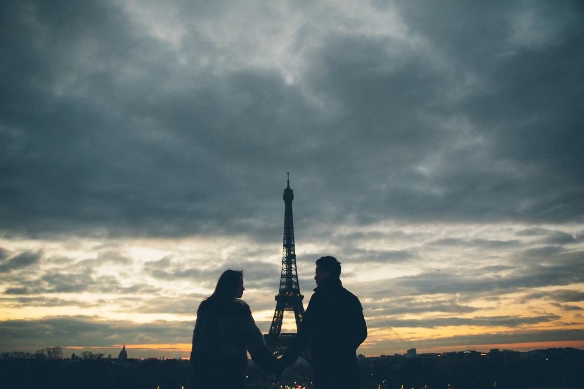 Couple Couple Silhouette Eiffel tower sunrise Paris Eiffel tower sunrise Paris