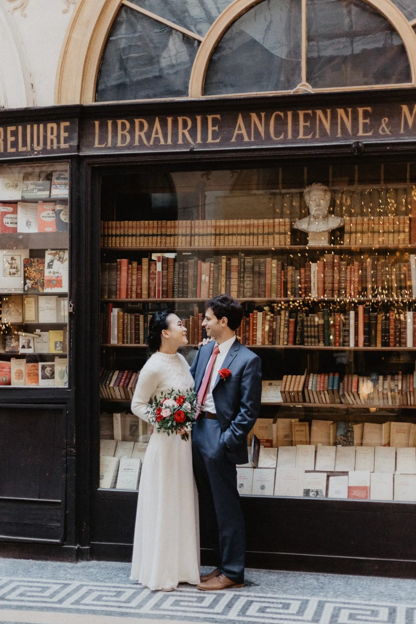 Vintage Winter wedding Paris photography galeries vivienne