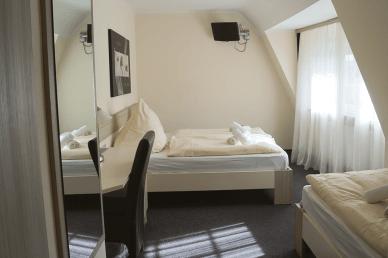 Doppelzimmer Hotel Amalfi Pulheim