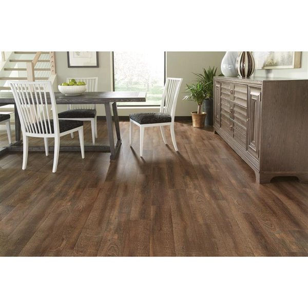 style selections bayside hickory 2 5 mm peel and stick luxury vinyl tile flooring 6 in w x 36 in l