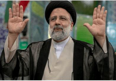 """في انتخابات بلا منافسة: قاضي الإعدامات عضو """"لجنة الموت"""".. رئيساً للجمهورية الإيرانية"""