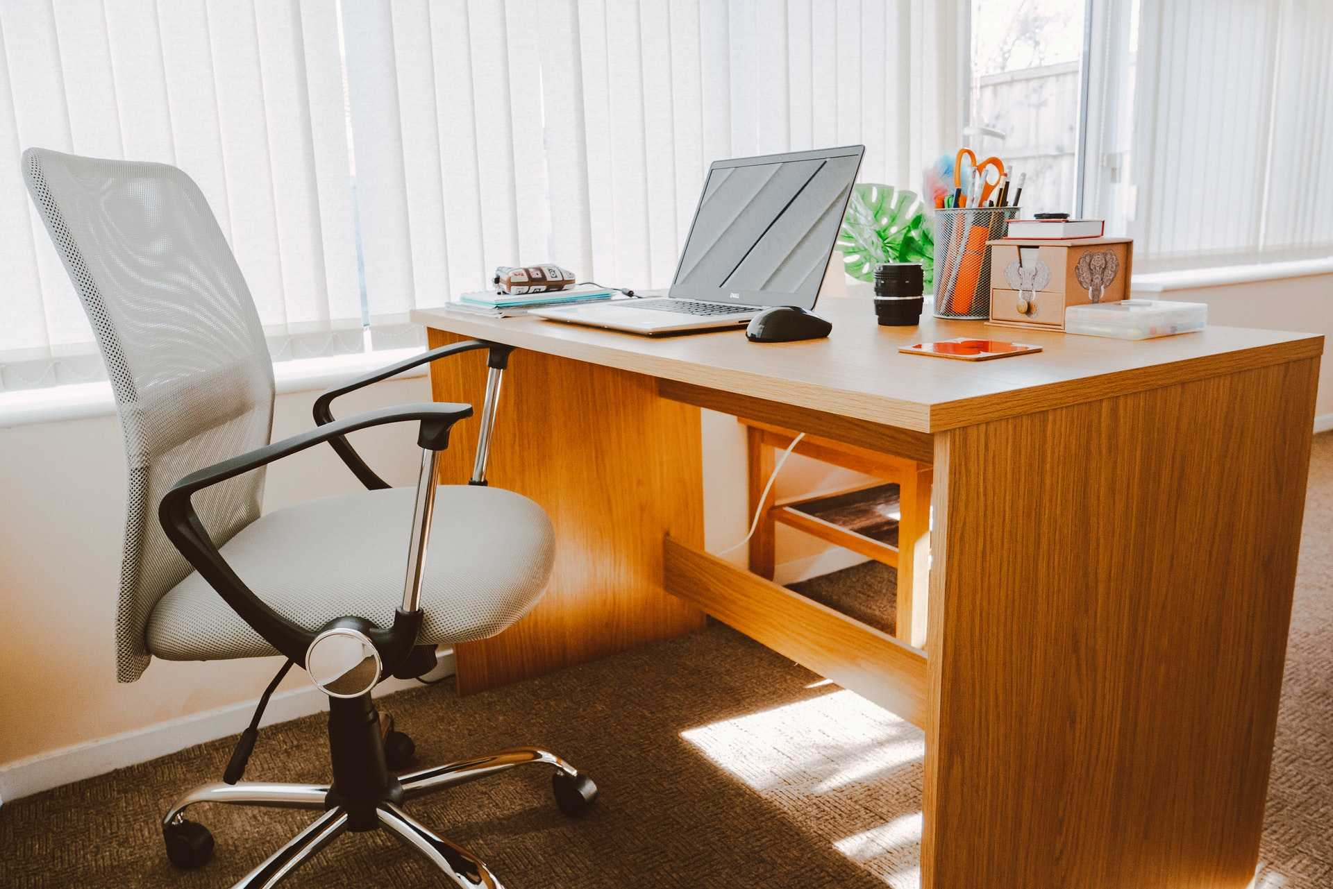 12 Best Office Chairs In India For Your Home Office 2020