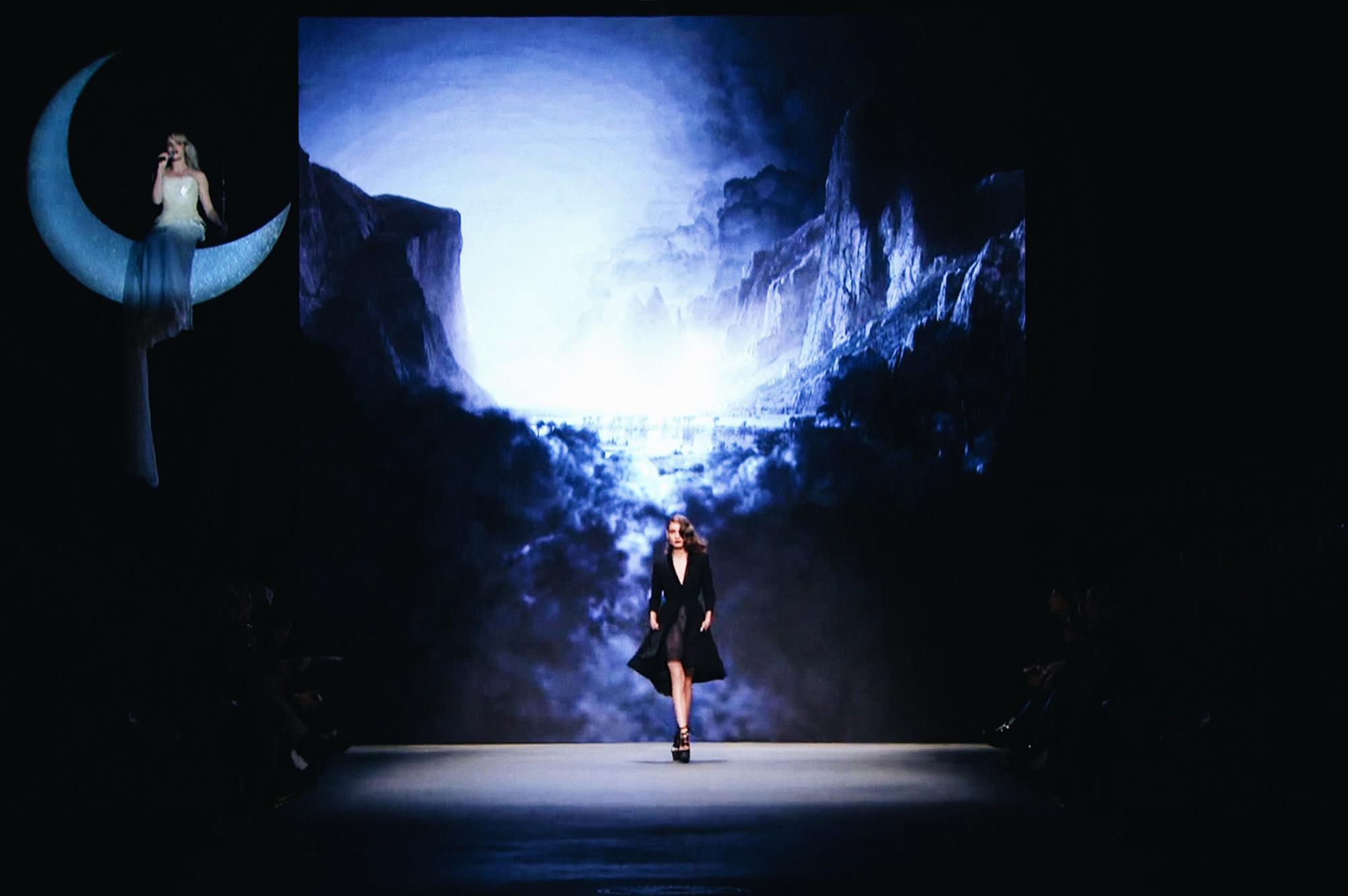 Trouble in Paradise Fashion Show 2015 by Dennis Diem