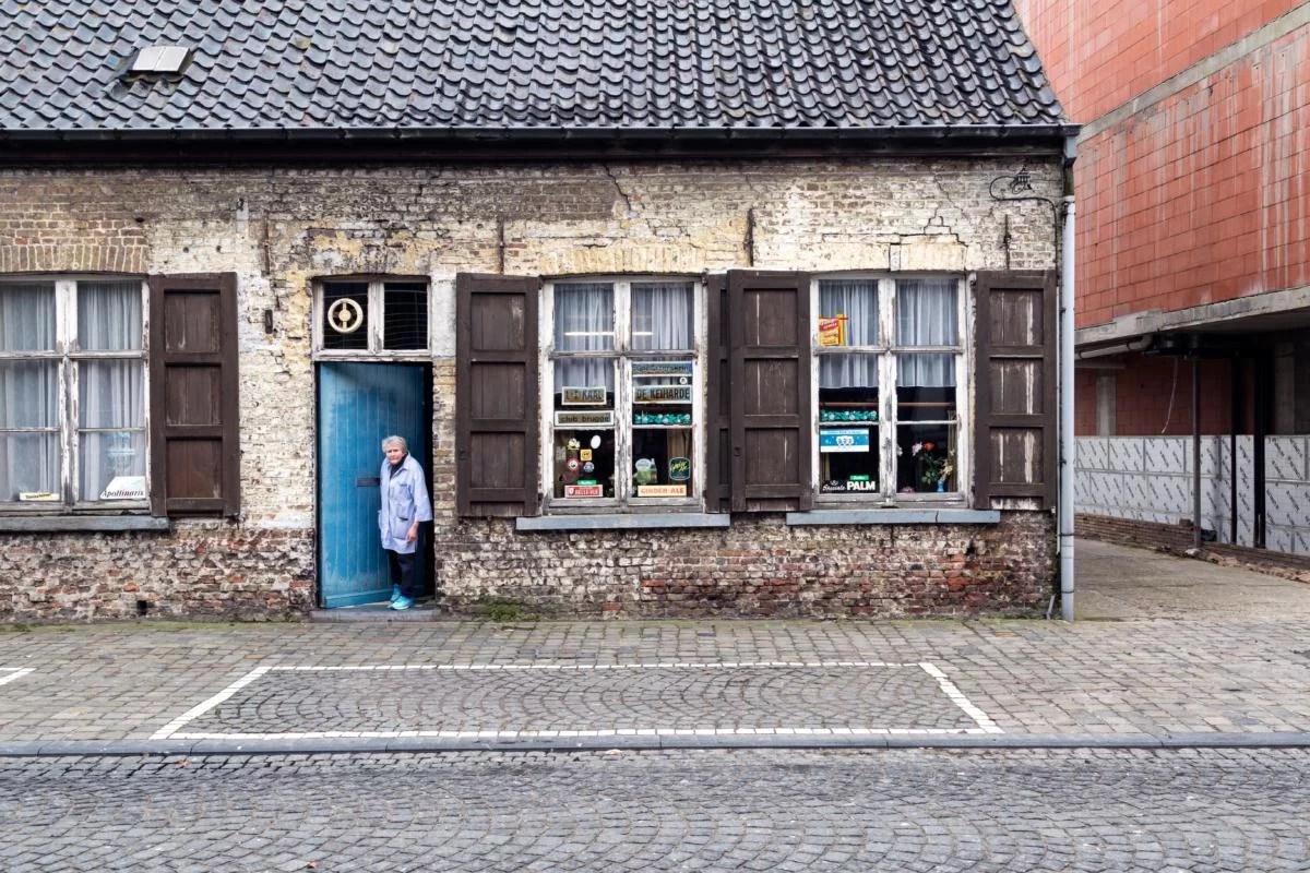 Découvrez la Flandre à travers les photos de ses «volkscafés »