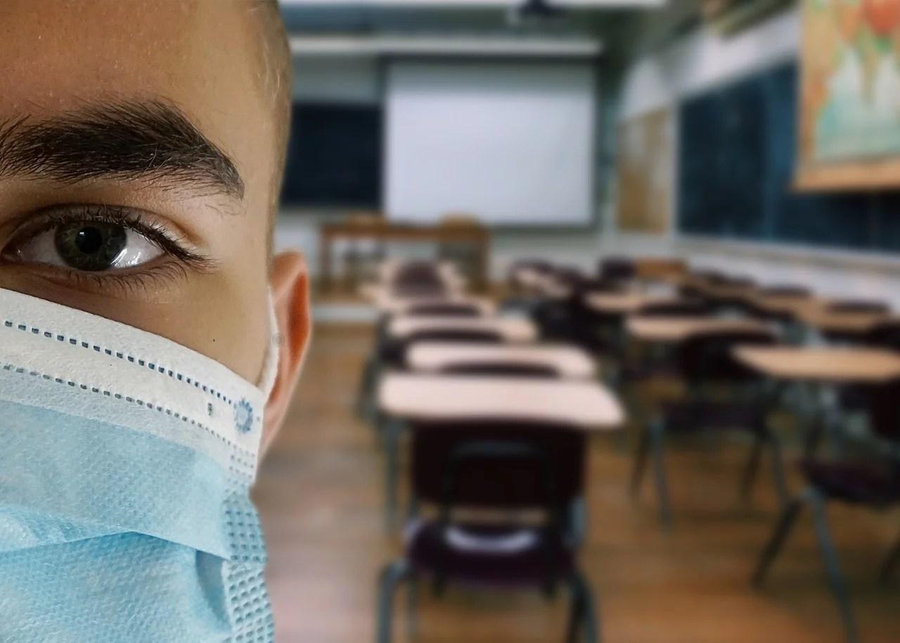 Compteurs CO2 en classe : le raisonnement absurde du ministre flamand de l'Enseignement