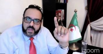 الصحافي الجزائري وليد كبير
