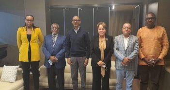 الرئيس الرواندي يستقبل المغربية بشرى حجيج رئيسة الكونفدرالية الإفريقية للكرة الطائرة