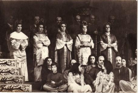 0-1973-opera-turandot-coro