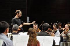 Diego Censabella dirigió la Orquesta Estable en la producción 2013 del Ballet El Cascanueces