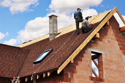 Dach z gontu – o czym warto wiedzieć?