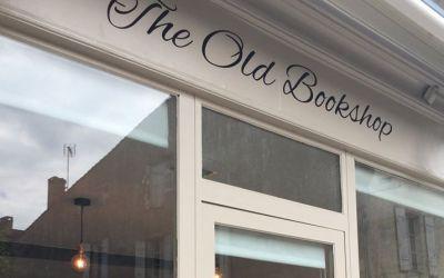 The Old Book Shop – Salon de thé et gourmandises à Duras