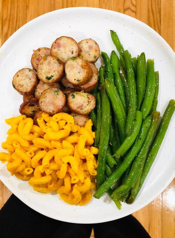 Mac & Cheese, Chicken Sausage & Green Beans