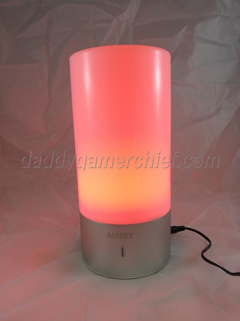 Test La Lampe De Chevet Tactile A Led De Aukey Daddy Gamer Chief