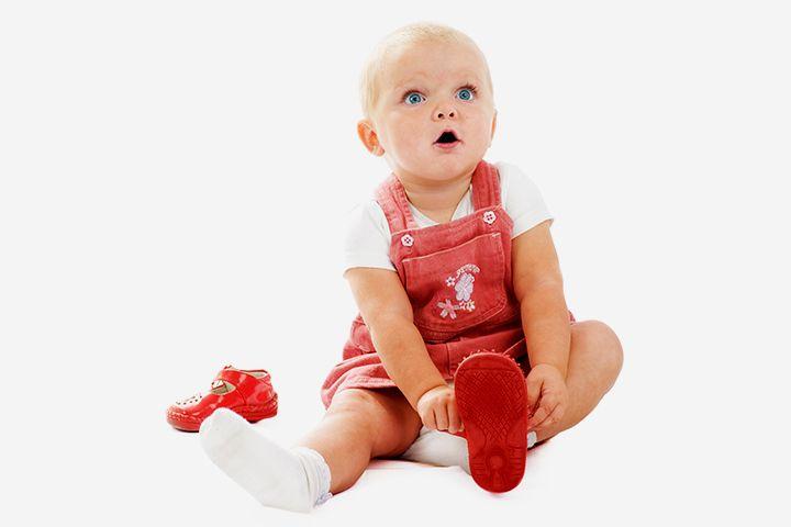 Best-Shoes-To-Support-Your-Babys-First-Steps Развитие ребенка: как ребенок начинает ходить