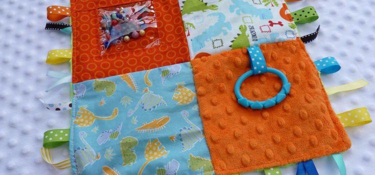 Сенсорное одеяло для детей своими руками