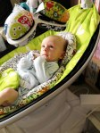 Daddy's Grounded - 4moms mamaRoo - relax