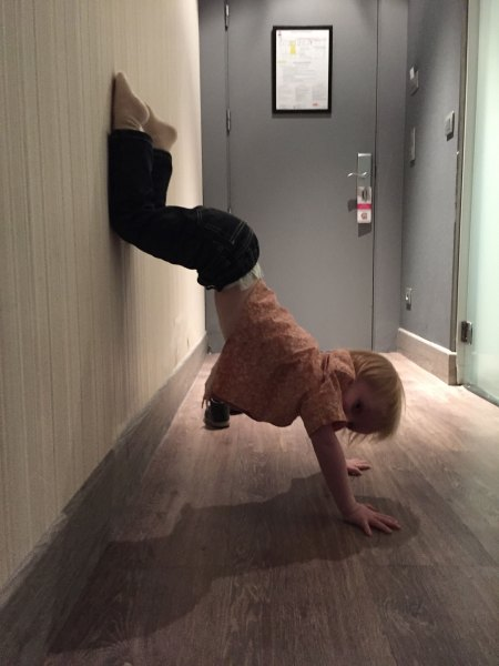 Export_DaddysGrounded_Preschooler_Yoga