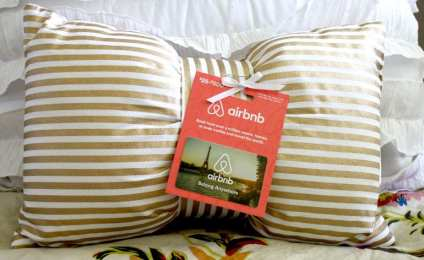 airbnb-tied-to-pillow