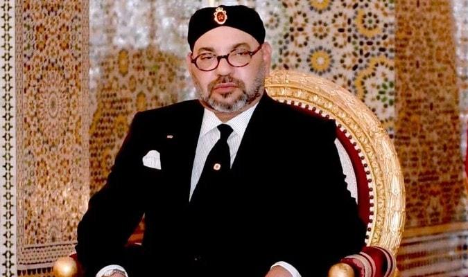 """جلالة الملك يدعو المسؤولين السياحيين إلى إعتماد أثمنة مناسبة في حدود """" المعقول """" للجالية المغربية"""