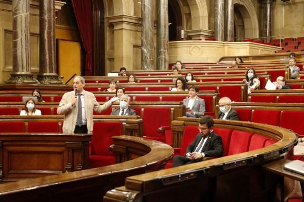 Quim Torra, durant la sessió de control al Parlament   ACN