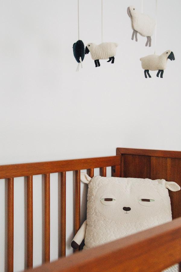Crib Vs Mini Crib Differences Explained Plus Pros Cons Dad