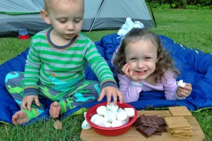 charlie and ava eating smores