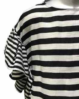 MONNALISA blusa rayas blanco y negro detalle