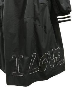 Detalle MONNALISA vestido Love negro