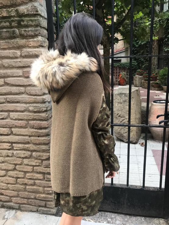 Look Bella Bimba colección Jaspe con capa
