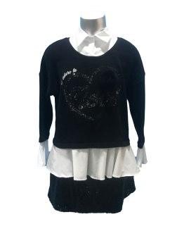 Propuesta look Elsy jersey-blusa negro con corazón