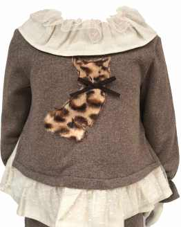 Detalle Coco Acqua conjunto marrón niña gato de pelo