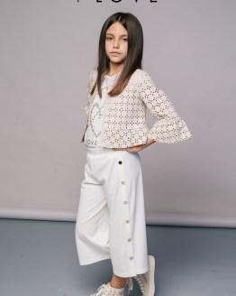 Catálogo T-Love pantalón blanco botones dorados
