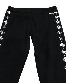 Detalle Guess legging negro con logos plateados